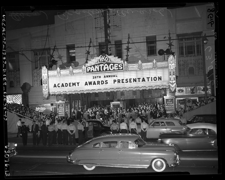 26th Annual Academy Awards at RKO Pantages Theatre 1954